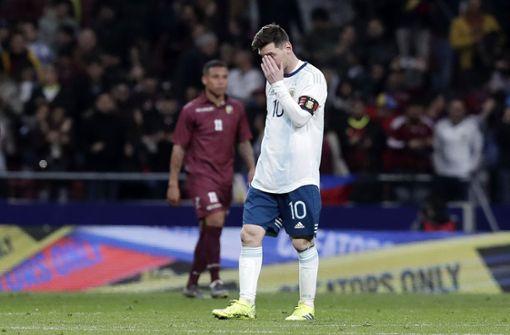 Argentinien blamiert sich bei Messi-Comeback