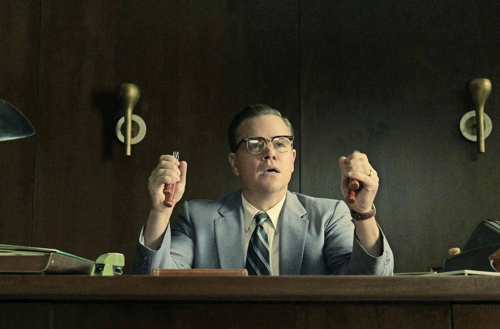 Gardner Lodge (Matt Damon) trainiert seine Hände – als müsse man auch in der netten Vorstadt bei Bedarf hart zupacken können. Foto: Verleih