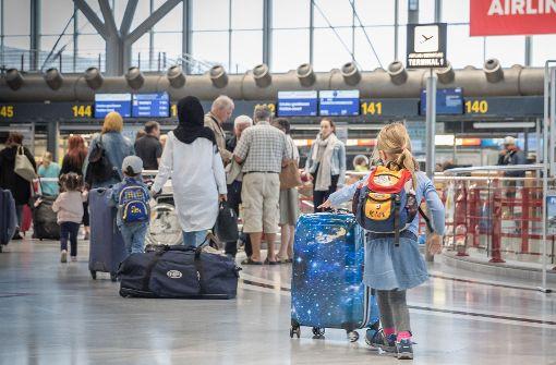 Großes Reisefieber am Stuttgarter Flughafen