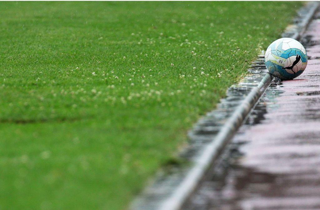 Bei einem Fußballspiel in Mönchengaldbach wurde ein 15-Jähriger schwer verletzt (Symbolbild). Foto: Pressefoto Baumann