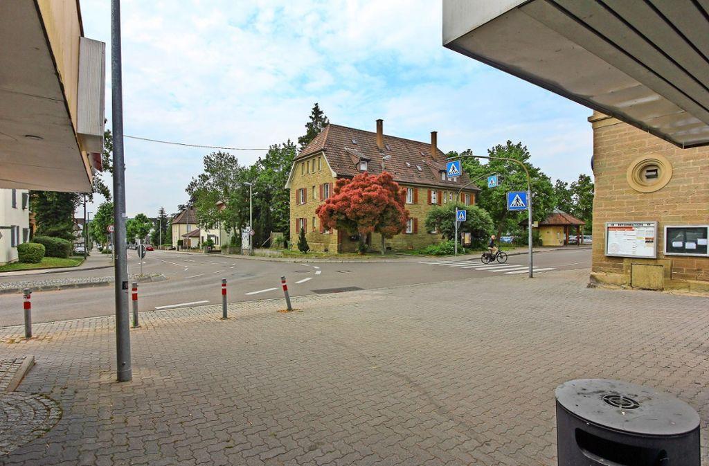 Der Blick vom Bahnhof Richtung Innenstadt lädt nicht dazu ein, hier länger zu verweilen, bemängeln die Gesprächsteilnehmer. Foto: factum/Bach