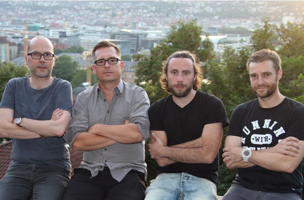 Zweigle, Maisel, Merz und Rose (v.l.n.r.) – das neue Ticker-Quartett berichtet live von den VfB-Spielen. Foto: Pressefoto Baumann