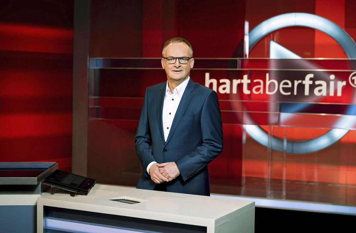 """""""Ist der Spuk Donald Trump vorbei"""", wollte Frank Plasberg von seinen Gästen wissen. Foto: obs/ARD Das Erste"""