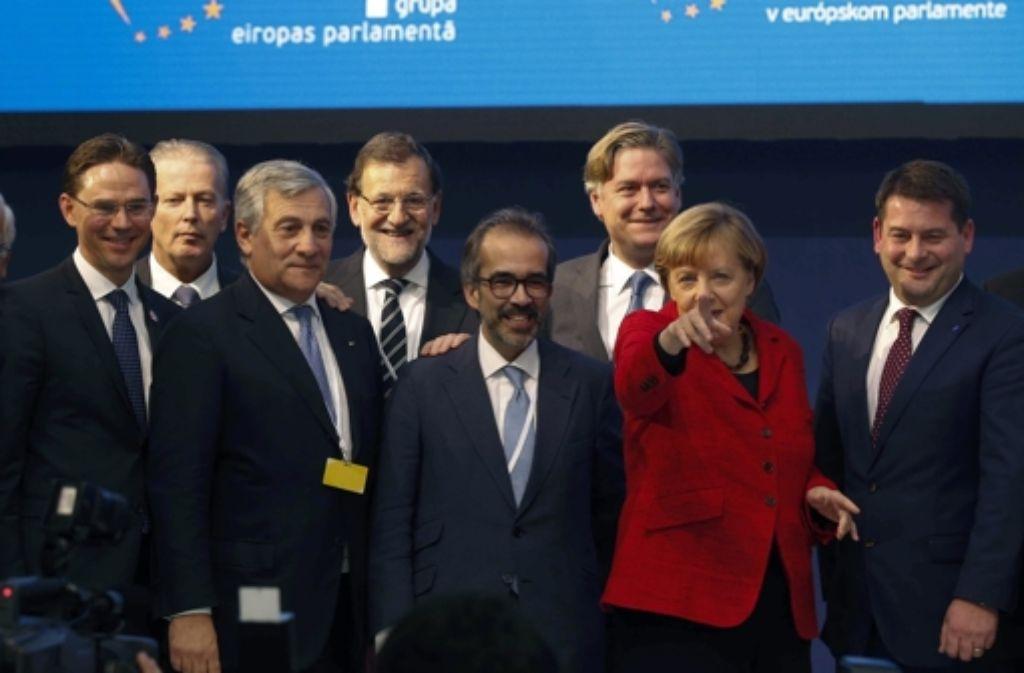 Konservative Politiker der EVP, rechts im Bild: Angela Merkel. In Sachen Flüchtlinge sind sich Europas Konservative nicht ganz einig. Foto: EFE
