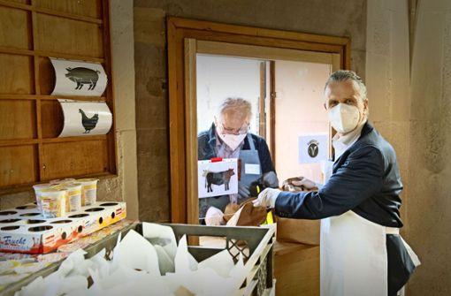 OB Nopper besucht die Vesperkirche