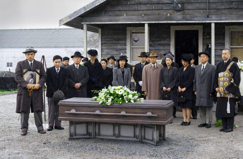 Die japanischstämmige Fischergemeinde in den USA pflegt alte Bestattungsrituale in einem neuen Land Foto: AMC/
