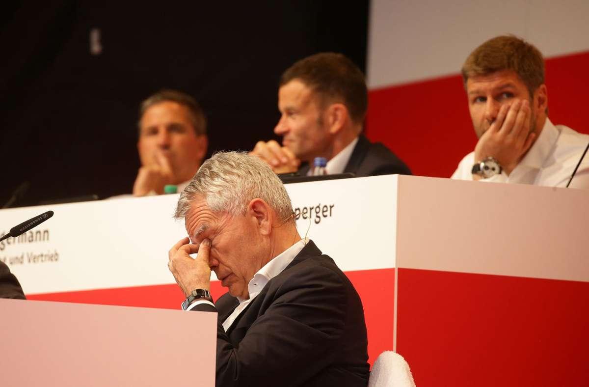 Die VfB-Mitgliederversammlung 2019 war eine bittere Veranstaltung – besonders für Wolfgang Dietrich. Foto: Baumann