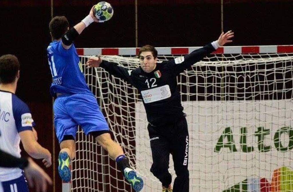 Im Tor der italienischen Handball-Nationalmannschaft: Domenico Ebner. Foto: Isabella Gandolfi