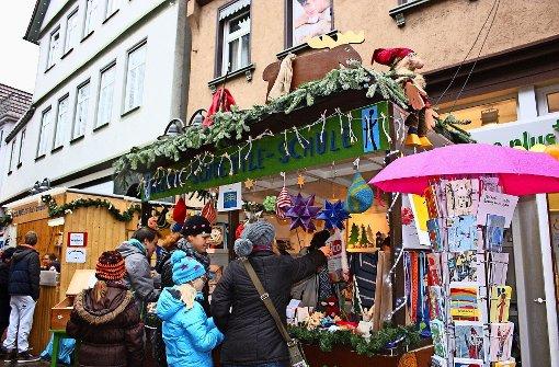 In der Marktstraße gibt es weihnachtliche Konkurrenz