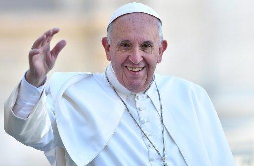 """Papst Franziskus hat die Flucht Hunderttausender Menschen nach Europa als """"arabische Invasion"""" bezeichnet Foto: dpa"""