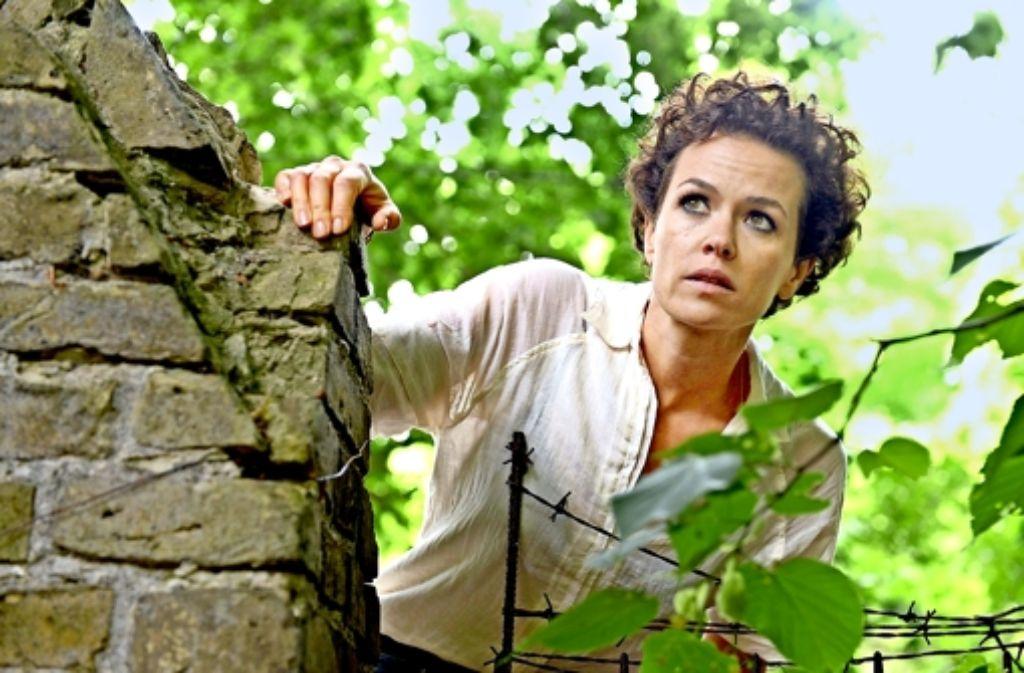 Melika Foroutan als Kommissarin Louise Boni, die auch immer wieder mit ihren eigenen Dämonen zu kämpfen hat. Foto: WDR