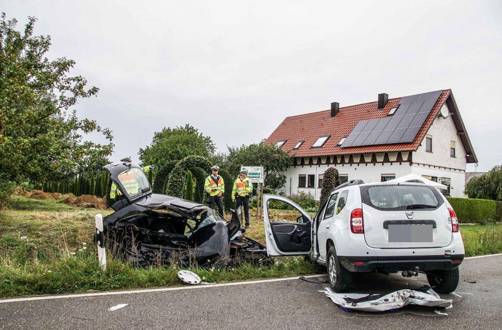 Die Fahrerin des Opel Corsas überlebte den Unfall nicht. Foto: SDMG