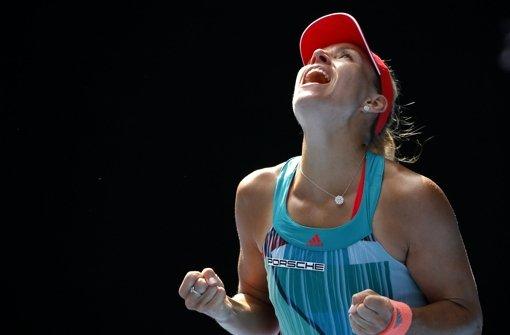 Angelique Kerber besiegte die Britin Johanna Konta im Halbfinale der Australian Open. Nun erwartet die Deutsche das Finale in Melbourne. Foto: AP