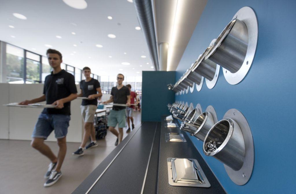 Die Mensa Lecker-Halde bietet eine moderne Inneneinrichtung. Foto: Eppler