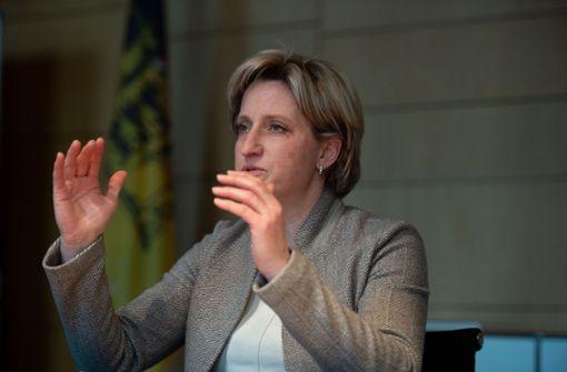 Recht auf Arbeit von zu Hause? Wirtschaftsministerin begrüßt Diskussion
