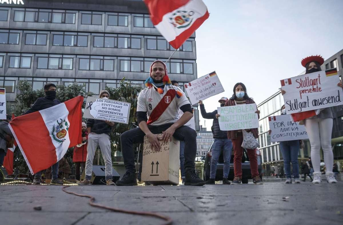 Peruaner demonstrierten am Samstag  in Stuttgart. Foto: Lichtgut/Julian Rettig