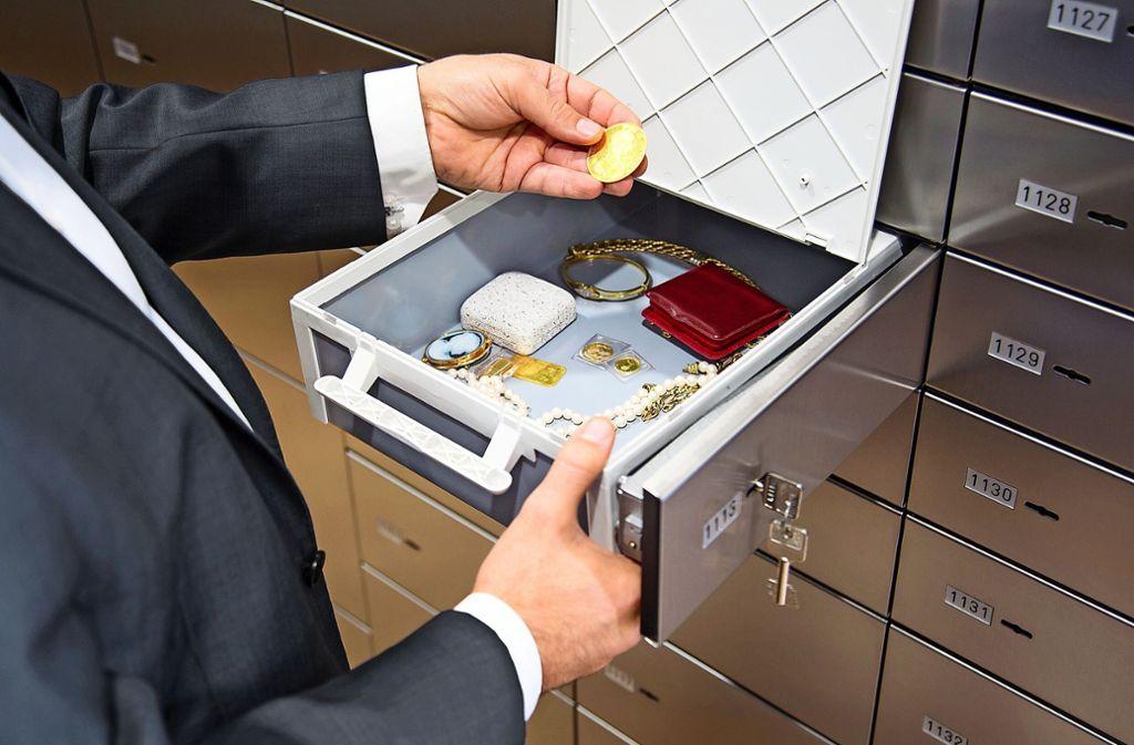 In den Schließfächern unter dem Marktplatz landet in der Coronakrise Gold, Schmuck und Bargeld Foto: Privat
