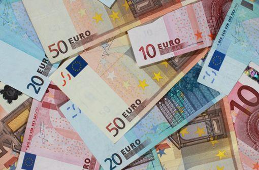 Deutsche zahlen meistens bar
