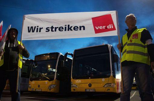 Verdi droht mit Protesten für Nahverkehr
