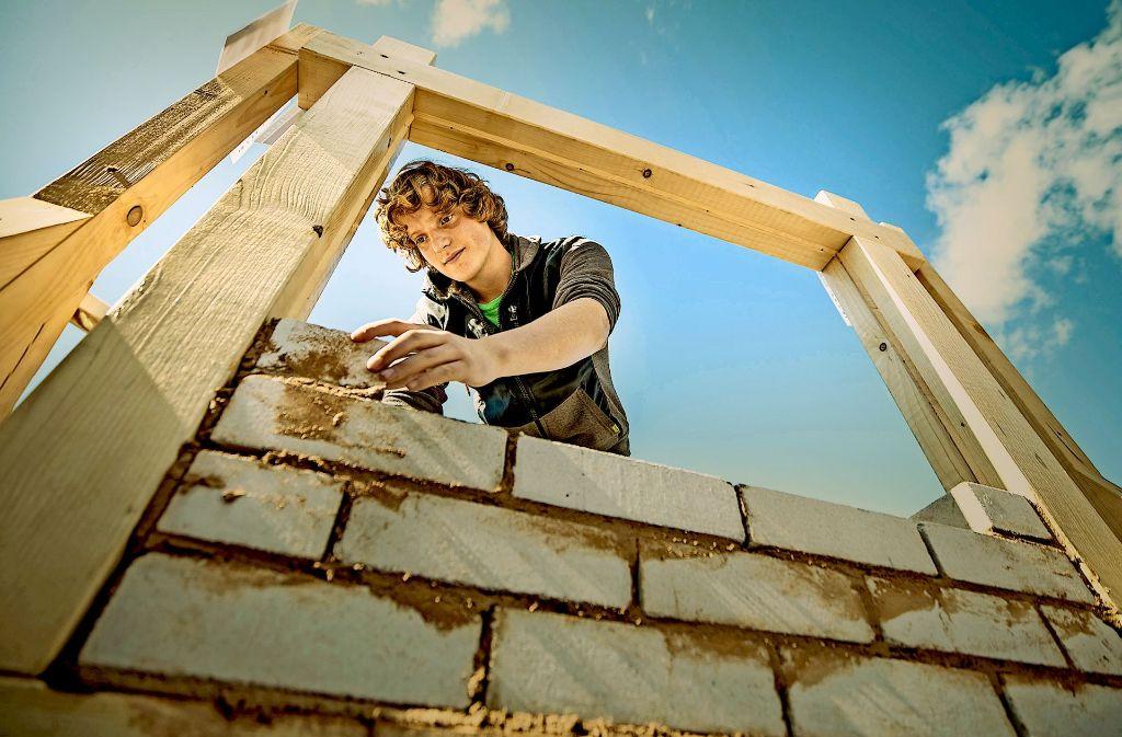 Zum 30. September waren 2480 Lehrstellen im Südwest-Handwerk noch unbesetzt. Die Handwerkskammern raten Betrieben, stärker für ihre Berufe zu werben. Foto: dpa