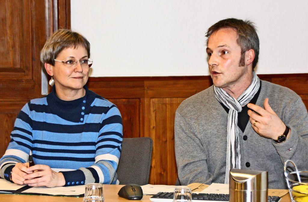 Christine Weiler und Wolfram Rieder informierten die Gemeinderatsfraktionen zur Weiterentwicklung der Musikschule. Foto: Natalie Kanter