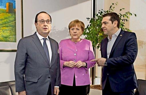 Ratlose Gesichter in Brüssel:  Frankreichs Präsident  Hollande, Kanzlerin Merkel und Griechenlands Regierungschef Tsipras (von links nach rechts) beim Gipfel. Foto: AFP