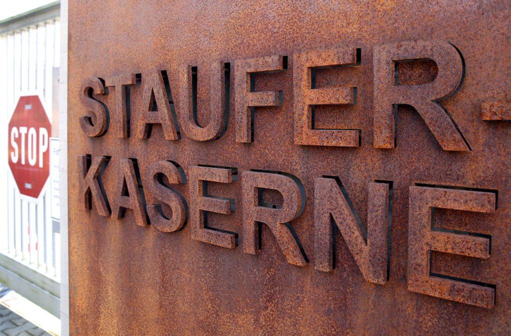 Die Staatsanwaltschaft prüft die Aufnahme von Ermittlungen in einem möglichen weiteren Fall von Schikane in der Staufer-Kaserne. (Archivfoto) Foto: dpa