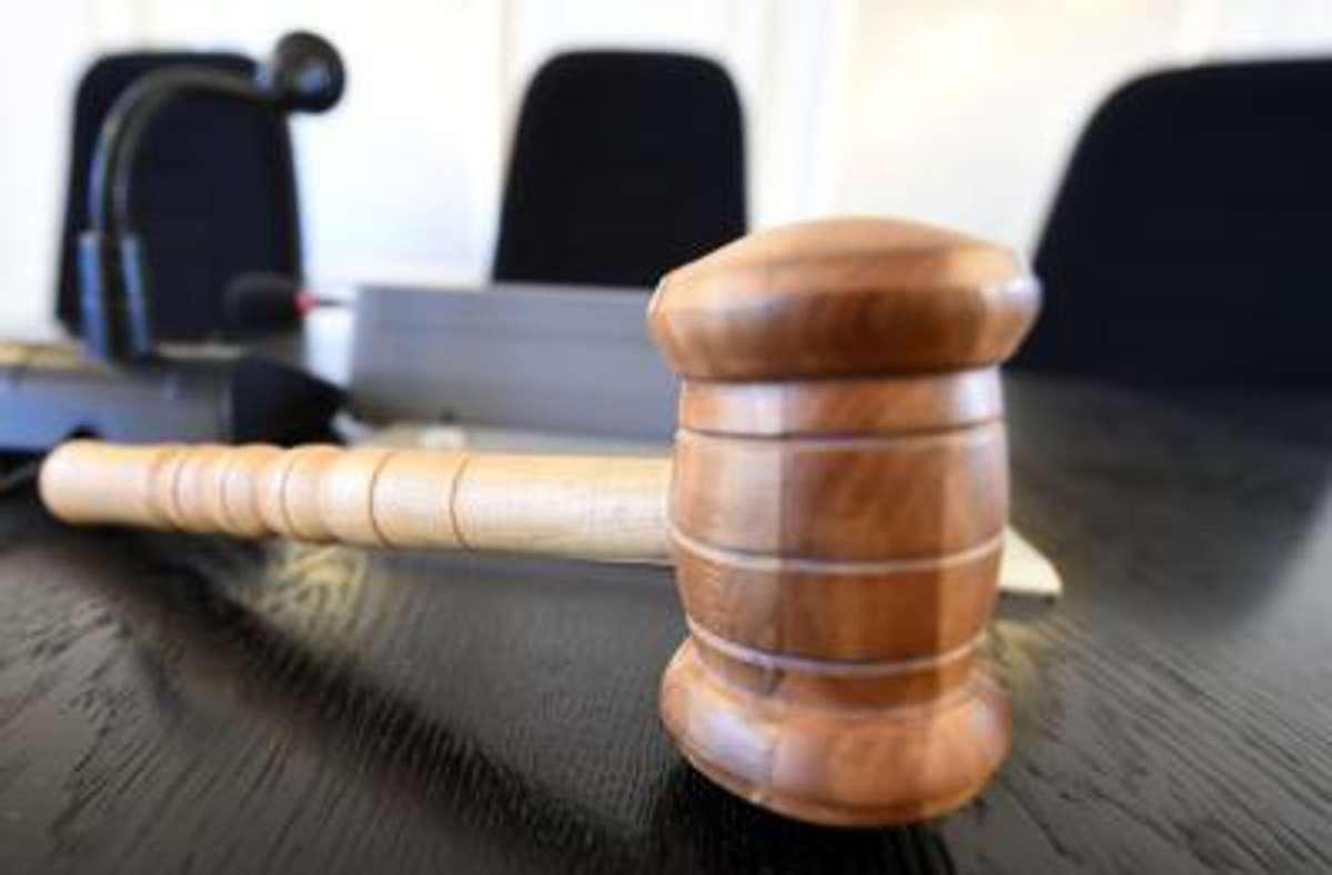 Ein 31-Jähriger muss für dreifachen schweren Missbrauch in Haft Foto: Uli Deck/dpa