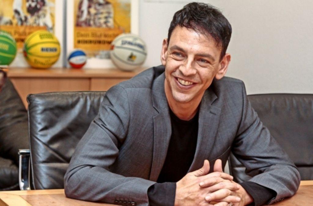 Alexander Reil hat gute Laune: Die MHP-Riesen produzieren endlich positive Schlagzeilen. Foto: factum/Granville