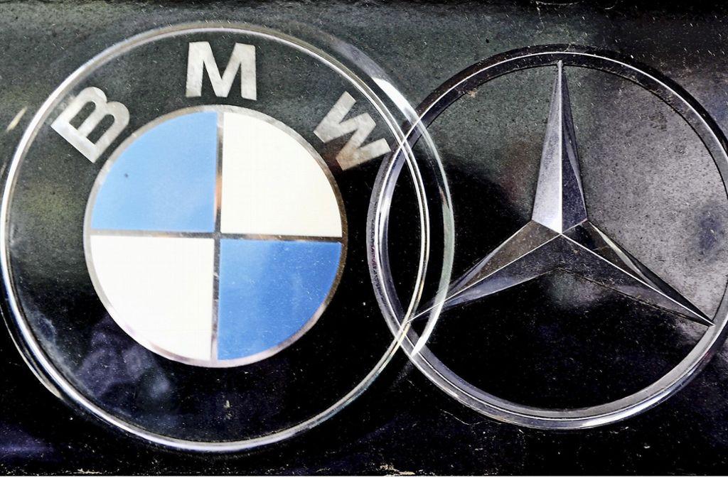 Daimler und BMW arbeiten beim autonomen Fahren zusammen. Foto: picture-alliance/ dpa