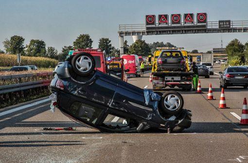 Unfall mit sechs Fahrzeugen – Fahrstreifen wieder freigegeben