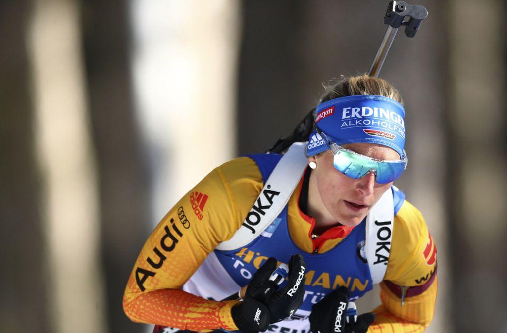 Vanessa Hinz sicherte sich am Dienstag bei der Biathlon-WM in Antholz Silber. (Archivbild) Foto: AP/Matthias Schrader