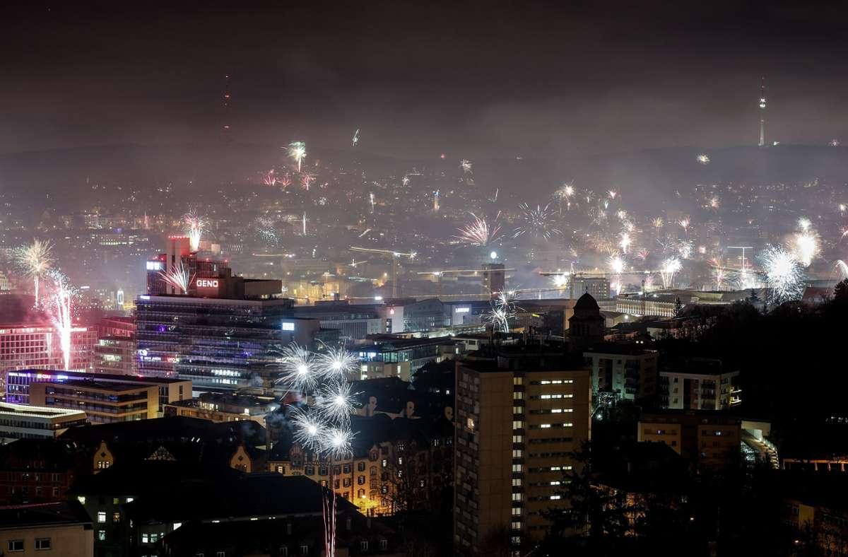 So feierte Stuttgart Ende 2019 Silvester. Was für ein Jahr folgen würde, wusste damals keiner – zum Glück. Foto: picture alliance/dpa/Christoph Schmidt