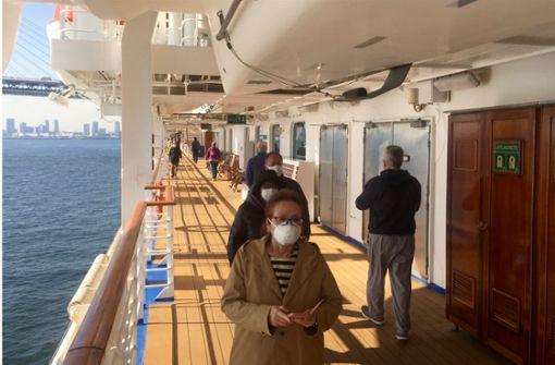 Deutsche hängen auf Kreuzfahrtschiff in Japan fest