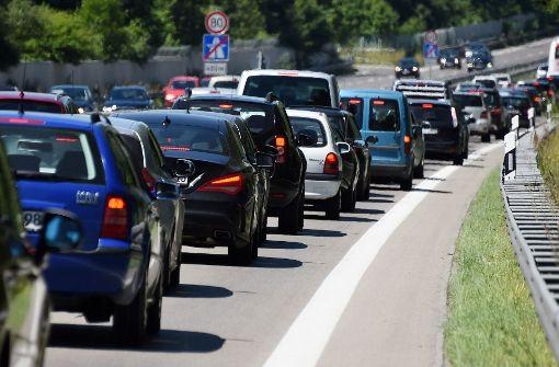 Nach Unfall: Gaffer verursachen Stau