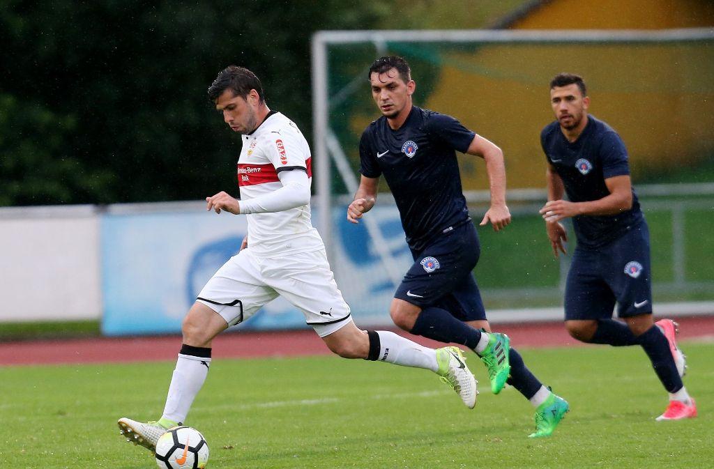Bei dem Testspiel des VfBs gegen Kasimpasa Spor Kulübü schoss Insua gleich zwei Tore. Foto: Pressefoto Baumann