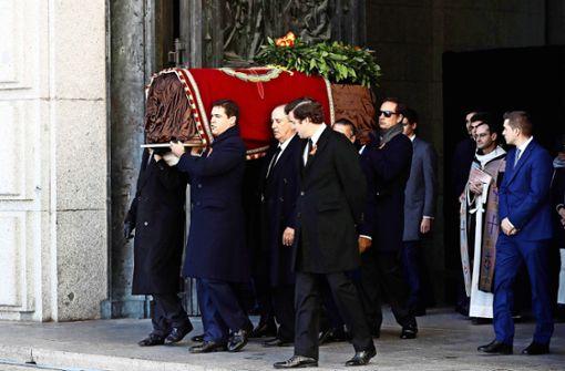 Warum die Leiche von Spaniens Diktator umgebettet wurde