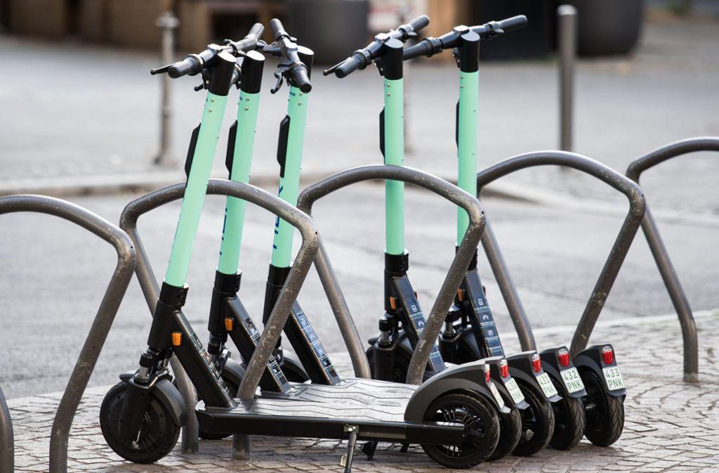 """Das Projekt """"E-Scooter"""" hat in Stuttgart noch nicht so richtig Fahrtwind aufgenommen. Foto: dpa"""