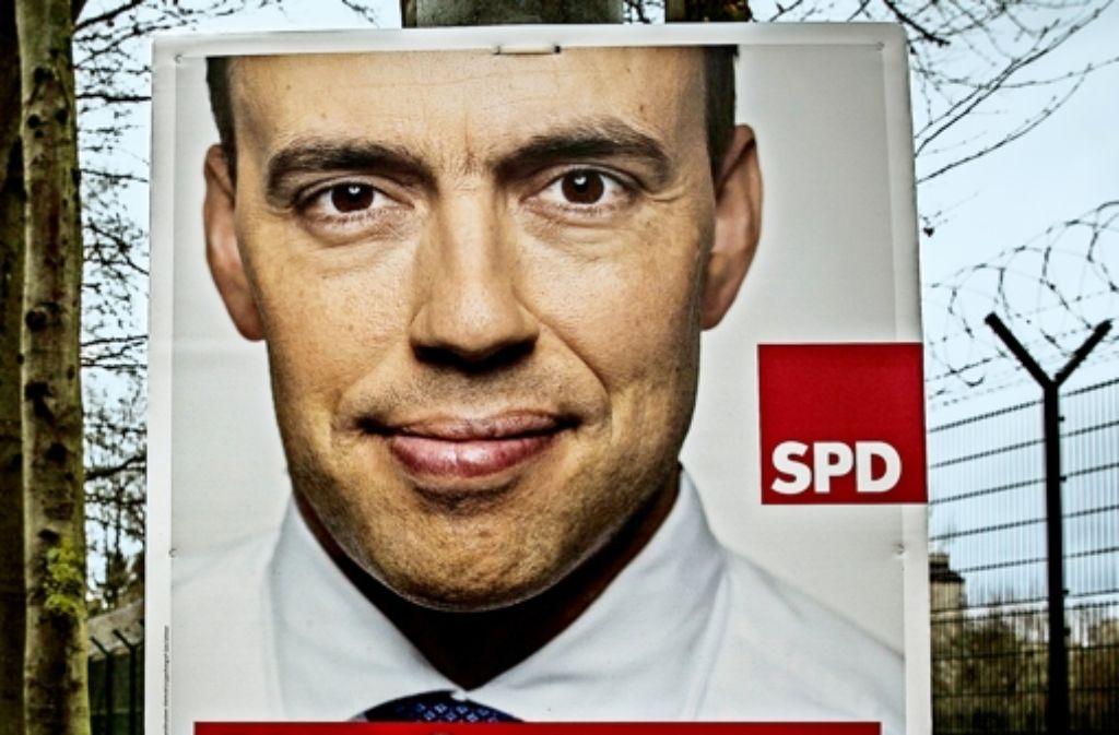 Die SPD setzt im Wahlkampf nicht nur auf die Plakate mit ihrem Landeschef Schmid. Punkten will sie auch mit Infoveranstaltungen und persönlichem Kontakt. Foto: Lg/Leif Piechowski
