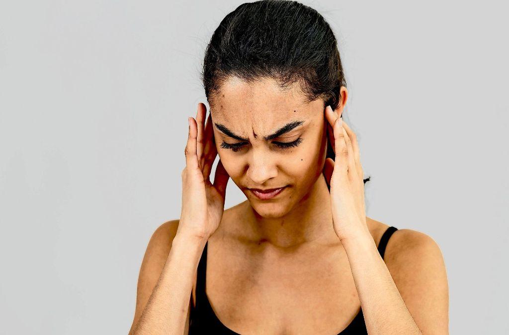 Bei sechs von zehn Betroffenen normalisiert sich das Gehör nach einem Hörsturz schon innerhalb weniger Tage wieder. Foto: dpa
