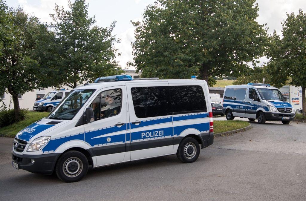 Details zum Gesuchten und seiner Ex-Frau teilt die Polizei nicht mit. Foto: dpa