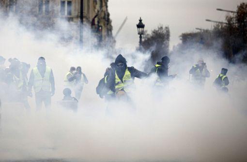 """Heftige Ausschreitungen bei """"Gelbwesten""""-Protest"""