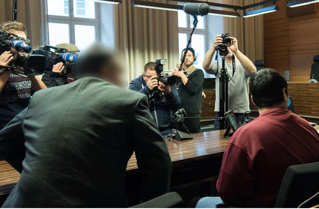 Seit September muss sich Hussein K. vor dem Freiburger Landgericht wegen Mordes verantworten. Foto: dpa