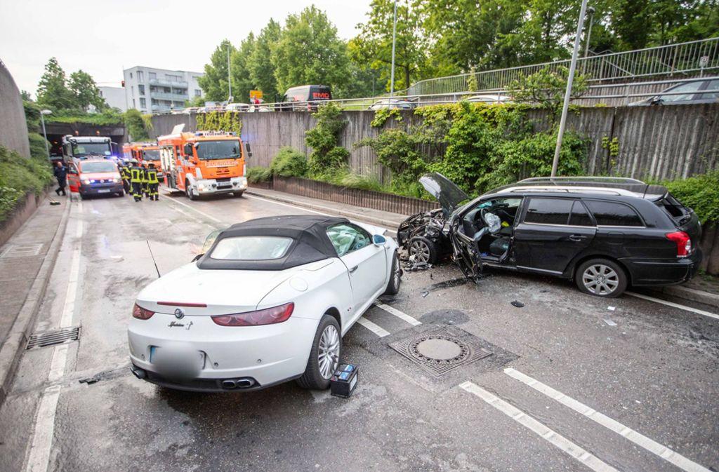 Schwerer Unfall in Stuttgart-Feuerbach Foto: 7aktuell.de/Simon Adomat