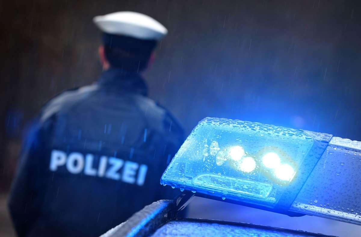 Ein Mann hat am Sonntag versucht, eine Tankstelle in Bietigheim zu überfallen. Er scheiterte kläglich. Foto: picture alliance/dpa/Karl-Josef Hildenbrand
