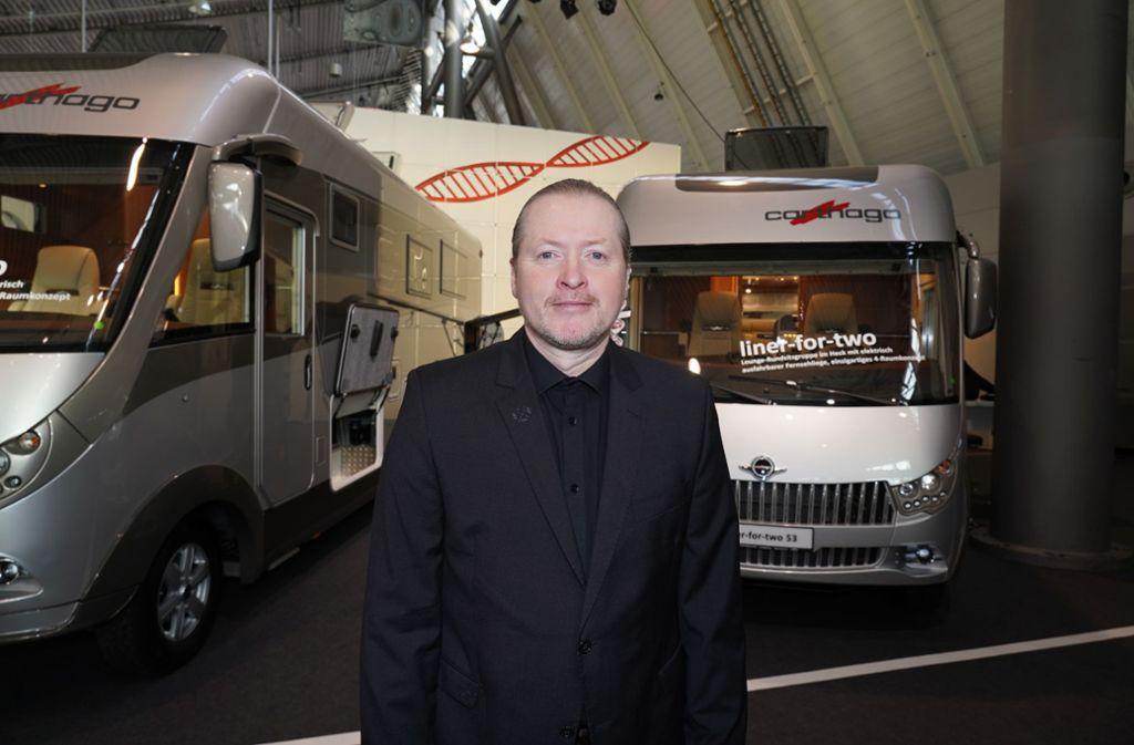 Joey Kelly ist bekannt für extreme Challenges: Nun reiste er 11.000 Kilometer in einem 50 Jahre alten VW-Bus. Foto: Andreas Rosar Fotoagentur-Stuttg