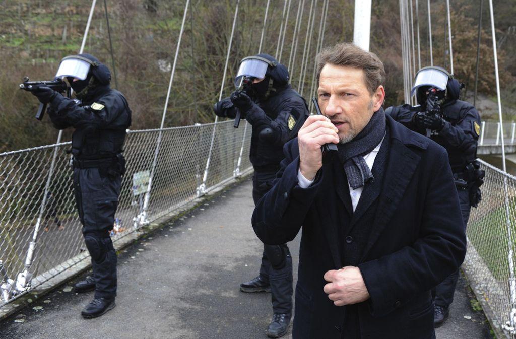 """Für den Tatort """"Preis des Lebens"""" diente der Max-Eyth-See in Hofen als Kulisse. Foto: SWR/Alexander Kluge"""
