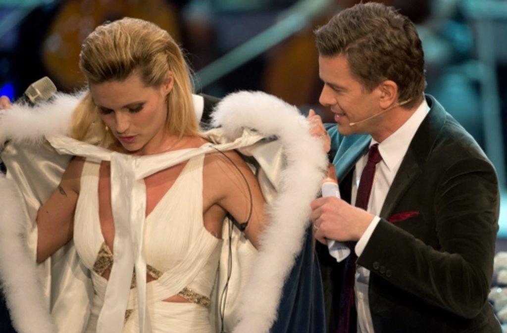 Ihr Kleid bei Wetten, dass ...? zeigte viel - vor allem, dass Michelle Hunziker kein Gramm zu viel auf den Rippen hat. Foto: dpa