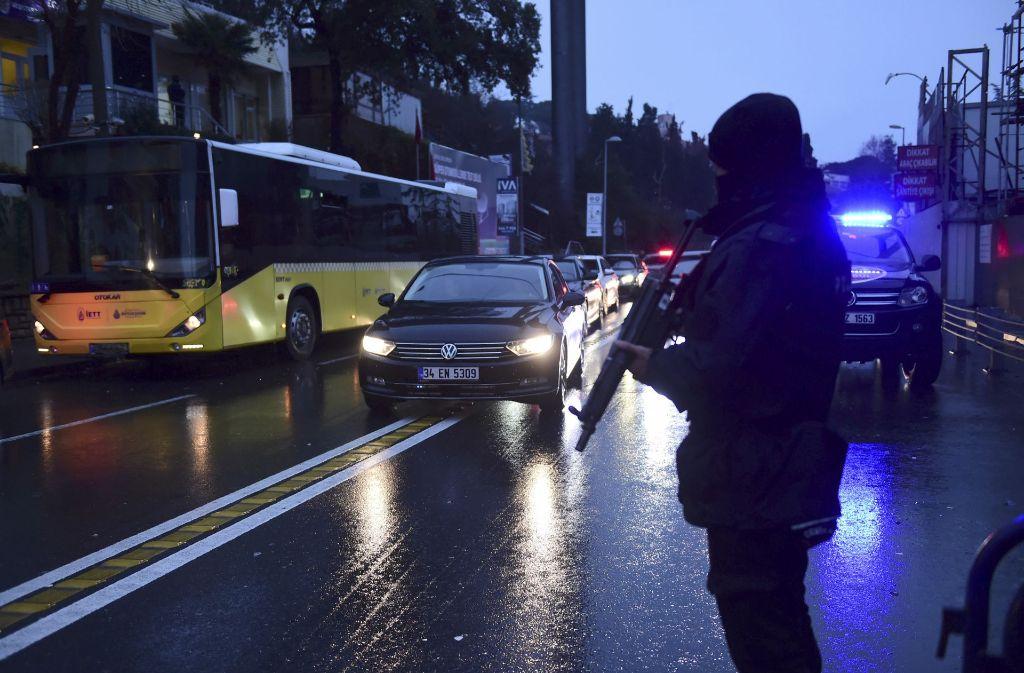 Zum Zeitpunkt des Angriffs sind offenbar 700 bis 800 Menschen zu Silvesterfeierlichkeiten in dem Club gewesen. Foto: AFP