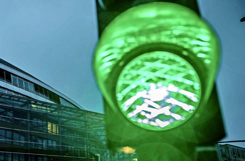 Grüne Ampel bedeutet freie Fahrt? Nicht ganz! Foto: dpa